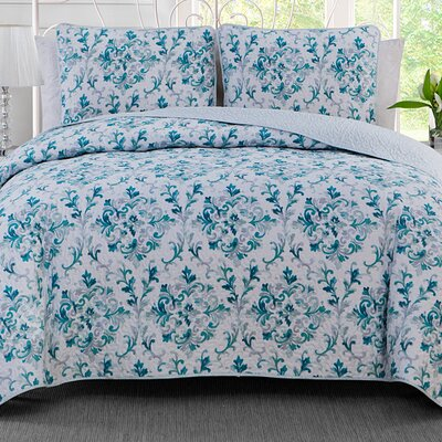 Damask 3 Piece Reversible Quilt Set Size: King