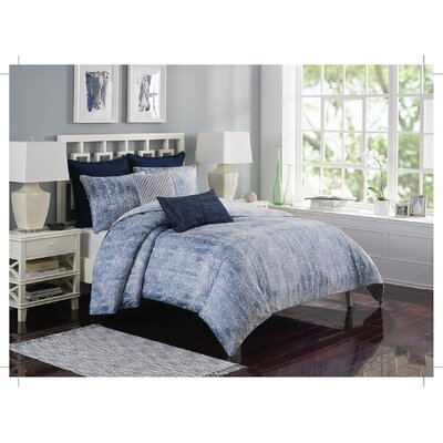 Ironwork Reversible Duvet Set Size: Full/Queen