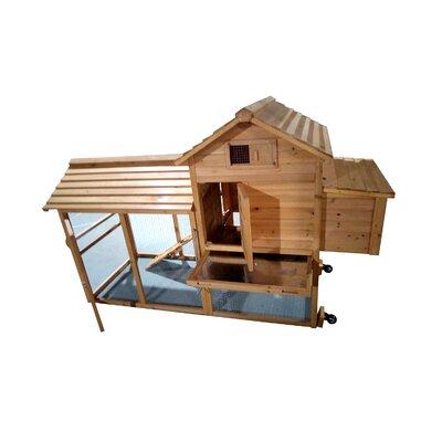 Backyard Retractable Wheel Rabbit Hutch