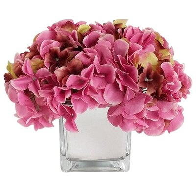 Artificial Silk Hydrangea Floral Arrangements in Decorative Vase