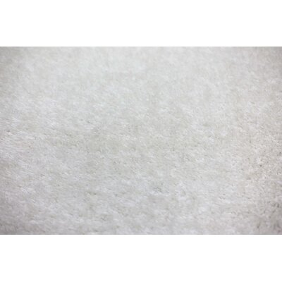 Shaggy White Area Rug