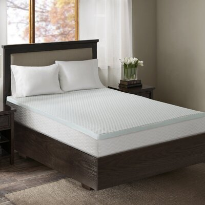 3 Gel Memory Foam Mattress Topper with Cooling Cover Size: King
