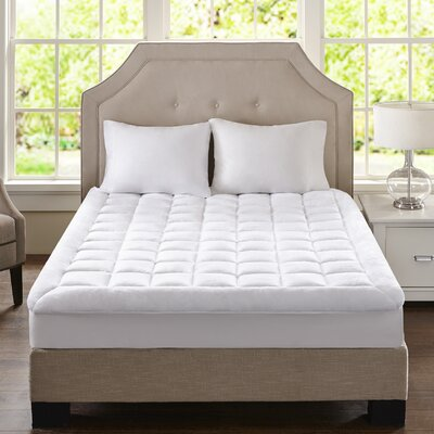 Cloud Soft Overfilled Plush Waterproof Mattress Pad Size: Queen
