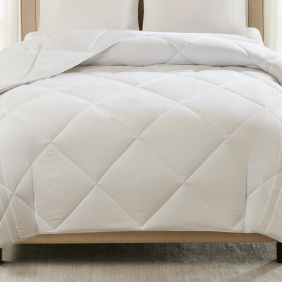 Down Alternative Comforter Size: King