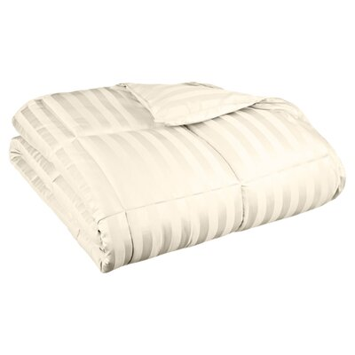 Midweight Down Alternative Comforter Size: King, Color: Cream