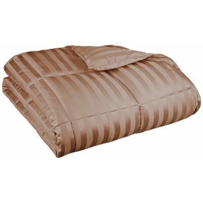 Midweight Down Alternative Comforter Size: King, Color: Taupe