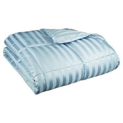 Midweight Down Alternative Comforter Size: Full/Queen, Color: Smoke Blue
