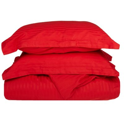 300 Thread Count Duvet Set Size: Full / Queen, Color: Red