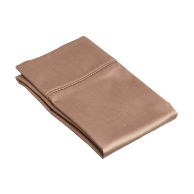 530 Thread Count Cotton Solid Pillowcase Size: King, Color: Taupe