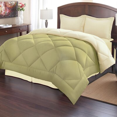 Reversible Down Alternative Comforter Size: Full/Queen, Color: Sage/Cream