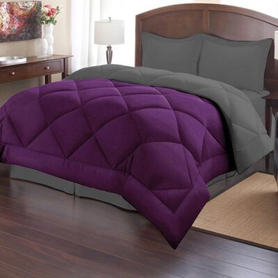 Reversible Down Alternative Comforter Size: Full/Queen, Color: Wine/Dark Gray