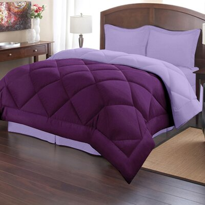 Reversible Down Alternative Comforter Size: Full/Queen, Color: Lavender/Wine