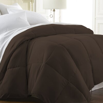 Down Alternative Comforter Color: Chocolate, Size: Queen