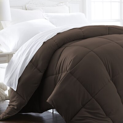 Plush All Season Down Alternative Comforter Color: Chocolate, Size: Full / Queen