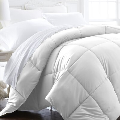 All Season Down Alternative Comforter Size: Twin / Twin XL, Color: White