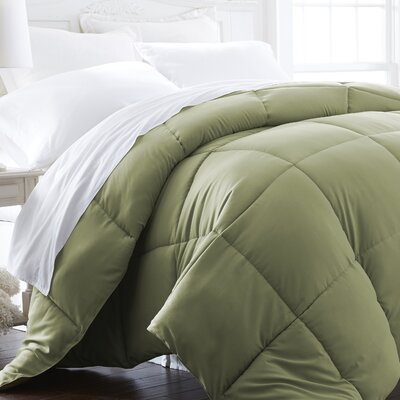 Plush All Season Down Alternative Comforter Color: Sage, Size: Full / Queen