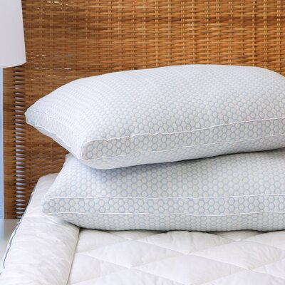 Gusseted Polyfill Pillow Size: Queen