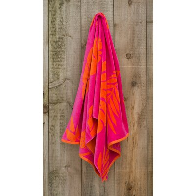 Jacquared Weaved Leaf Beach Towel