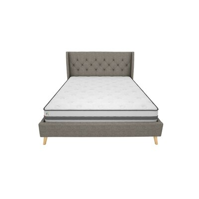 Her Majesty Queen Upholstered Platform Bed