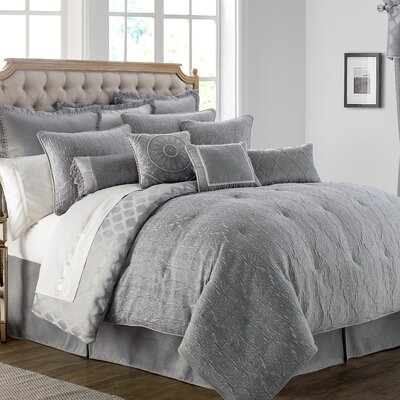 Carlisle 4 Piece Reversible Comforter Set Size: King