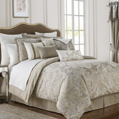 Chantelle 4 Piece Reversible Comforter Set Size: King