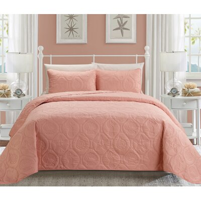 Coral 3 Piece Queen Quilt Set Color: Pink
