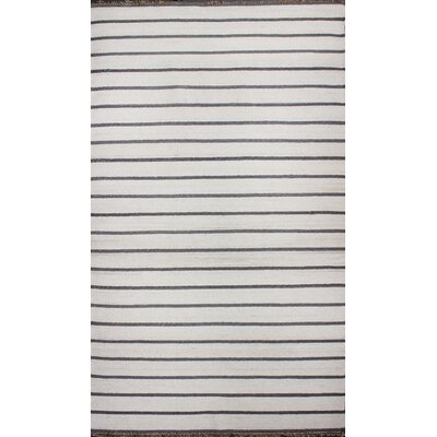 Washington Mews White Rug Rug Size: 5 x 8