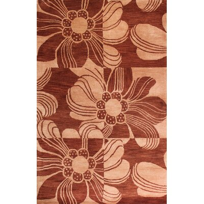 Modena Rust Area Rug Rug Size: 4 x 6