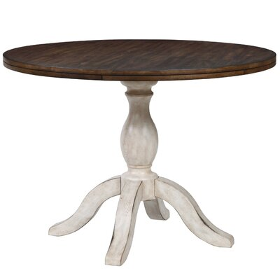 Orleans Round Pedestal Dining Table