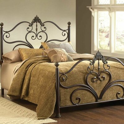Durango Panel Bed Size: King
