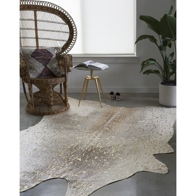 Duran Pewter/Gold Area Rug Rug Size: Rectangle 62 X 8