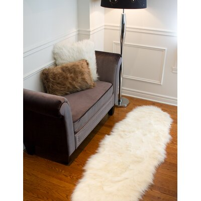 Shayne Faux Sheepskin Off White Area Rug