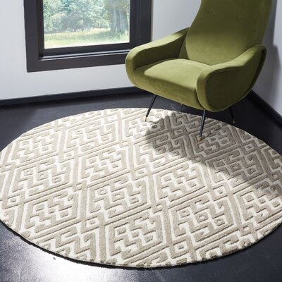 Sloan Hand-Tufted Wool Ivory Area Rug Rug Size: Round 6