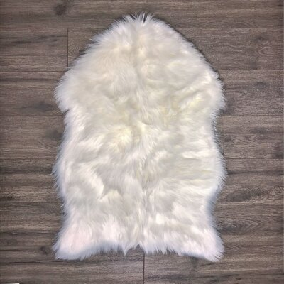 Merrimac Super Soft Sheepskin White Area Rug