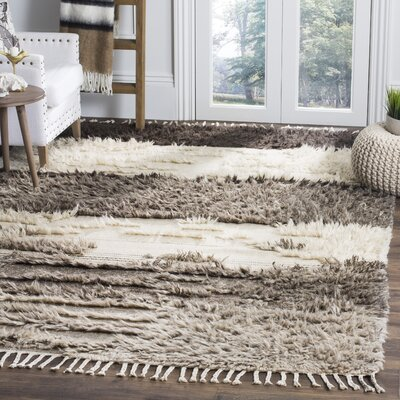 Xue Hand Knotted Wool Ivory/Gray Area Rug Rug Size: Runner 23 x 8