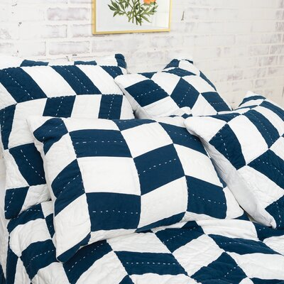 Herringbone Patch Quilt Size: King