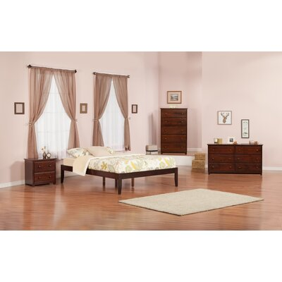 Mackenzie Platform Bed Size: King, Color: Antique Walnut