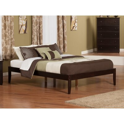Mackenzie King Platform Bed Color: Espresso