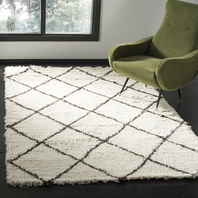 Erica Hand-Tufted Wool Ivory Area Rug Rug Size: Rectangle 5 x 8