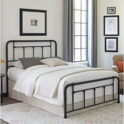 Yaqi Panel Bed Size: Full