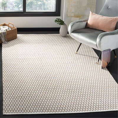 Modena Hand-Woven Beige/Ivory Area Rug Rug Size: Rectangle 5 x 8