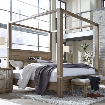 Hastings Canopy Bed