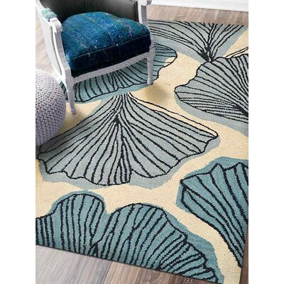 Ronnie Hand-Tufted Wool Cream/Blue Area Rug Rug Size: 5 x 8