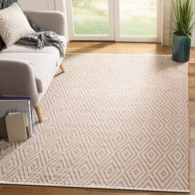 Adelia Hand-Woven Beige/Ivory Area Rug Rug Size: Rectangle 5 x 8