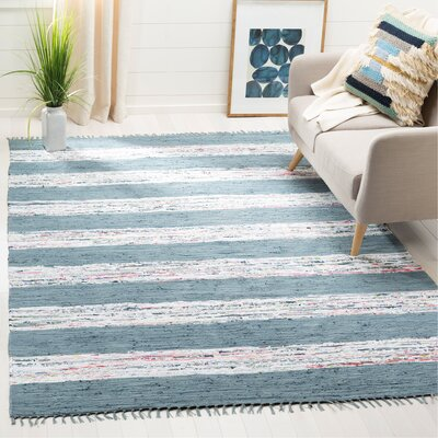Aureliana Ivory/Gray Area Rug Rug Size: Rectangle 6 x 9
