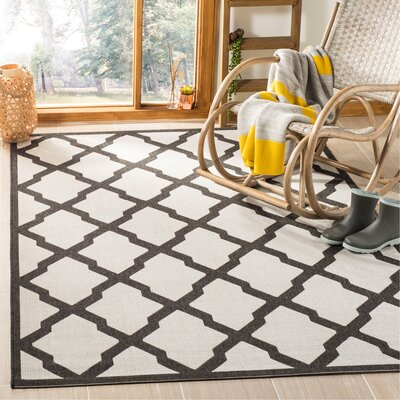 Kinsley Light Gray Area Rug Rug Size: Rectangle 51 x 76