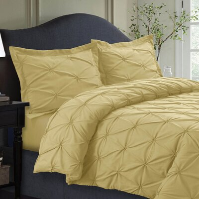 Cabrales Duvet Set Size: King, Color: Gold
