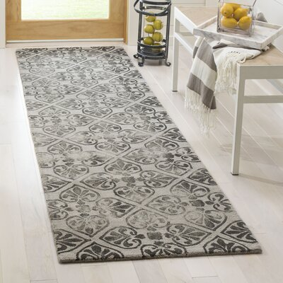 Edmeston Hand-Tufted Gray Wool Area Rug Rug Size: Runner 23 x 8