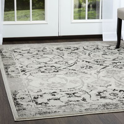 Kallie Silver Ivory Area Rug Rug Size: Rectangle 52 x 72