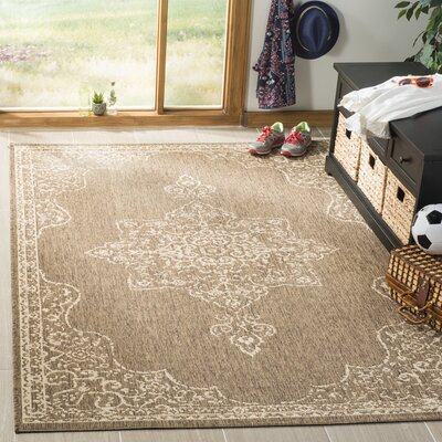 Tomohon Cream/Beige Area Rug Rug Size: Rectangle 4 x 6